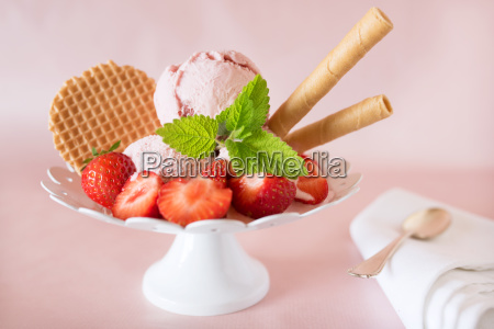 strawberry ice cream with fruits