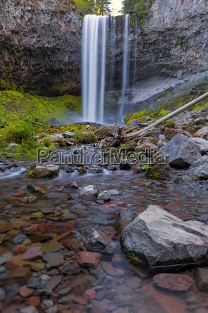 tamanawas falls along cold spring creek