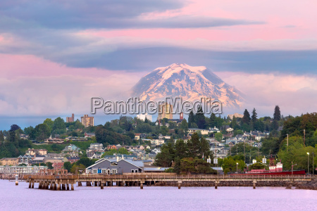mount rainier over tacoma waterfront at