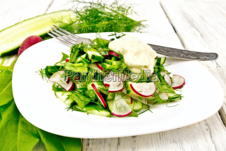 salad with radishes and sorrel in
