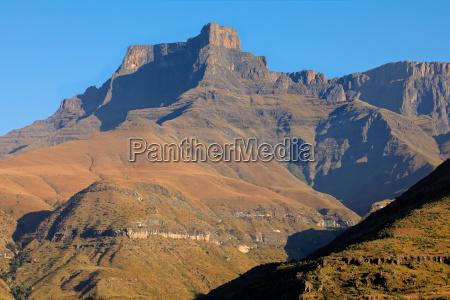 drakensberg mountains south africa