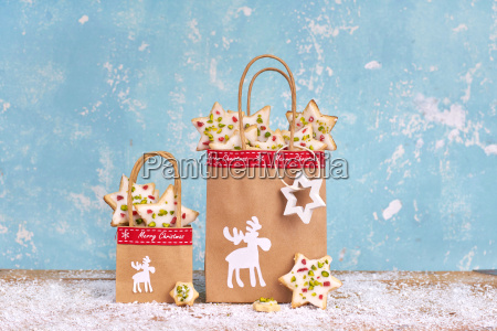 handmade christmas gifts with paper bags