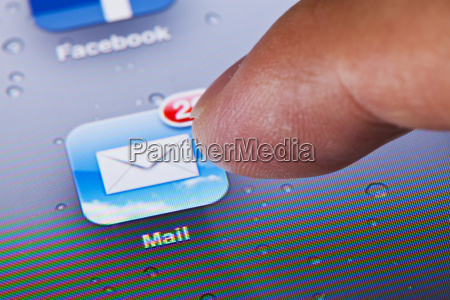 clicking the mail icon on an