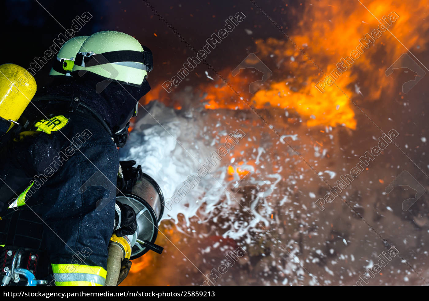 firefighter, -, firemen, extinguishing, a, large - 25859213
