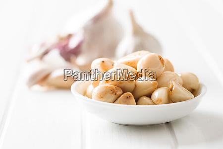 marinated garlic pickled garlic