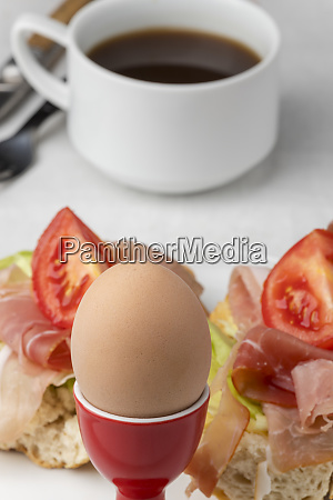 closeup of a cooked egg with