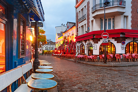 montmartre in paris france
