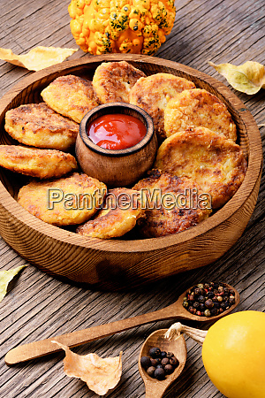 healthy vegetable cutlets with pumpkin