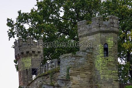 warwick castle mound in warwick