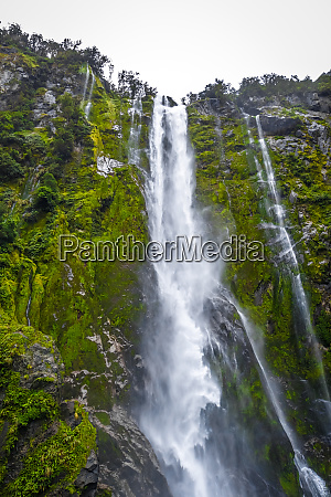 waterfall in milford sound lake new