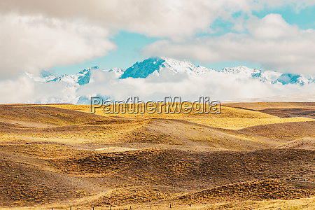 new zealand scenic mountain landscape shot