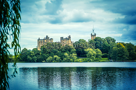 st michaels church and linlithgow palace