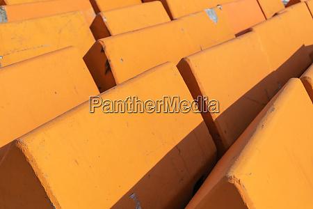 triangular concrete anti terrorism barriers