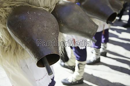 cowbells in basque tradition