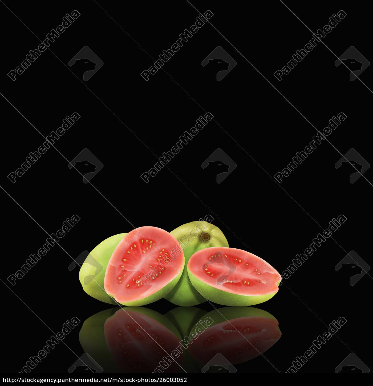 whole, and, cut, guavas - 26003052