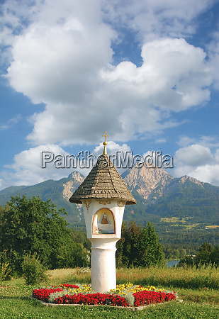 wayside shrine at lake faaker see