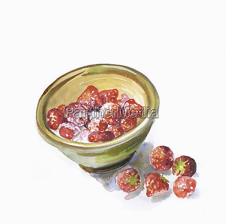 bowl of fresh strawberries and cream