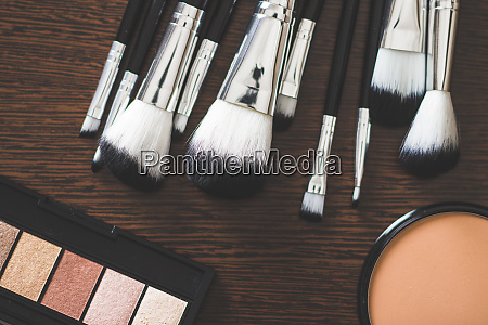 the makeup products brush and eyeshadow
