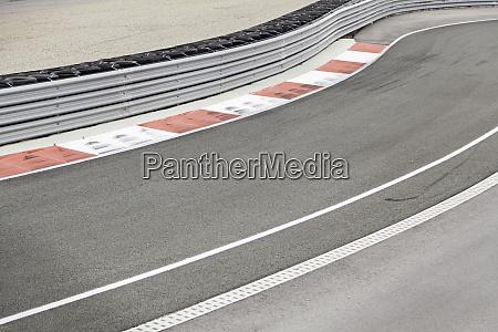 racetrack curve
