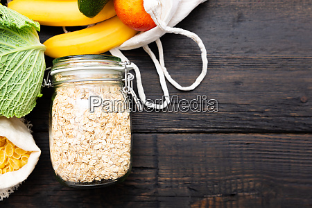 zero waste grocery shopping package free