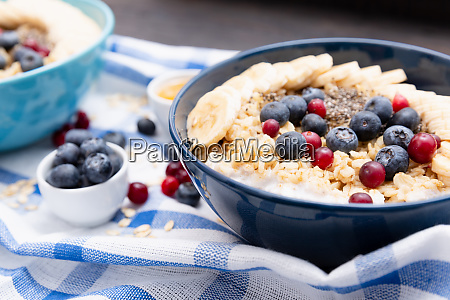 healthy fitness breakfast oatmeal with bananas