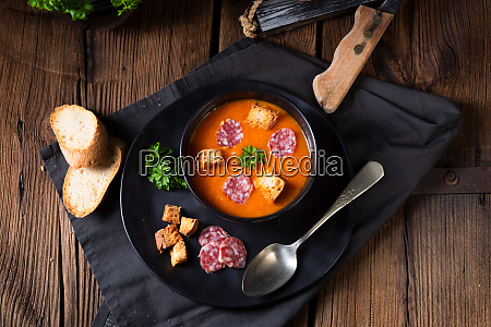 hungarian paprika cream soup with spicy