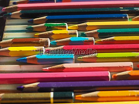 many colour pencils