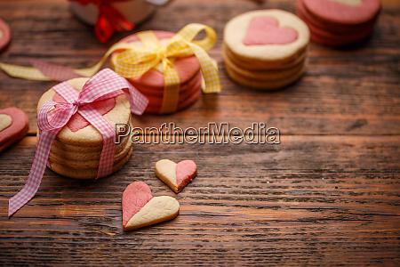 biscuits in shape of hearts