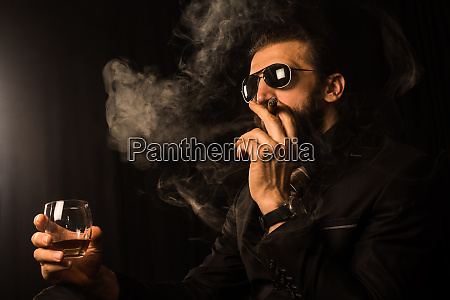 smoking mafia boss