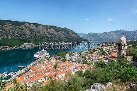 bay of kotor and cruise ship