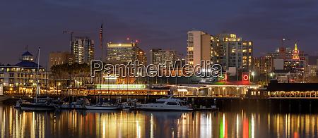 oakland night panoramic skyline