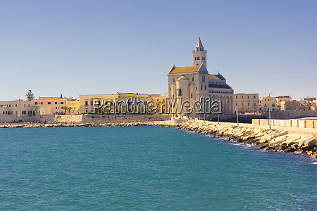 trani panorama cathedral and waterfront