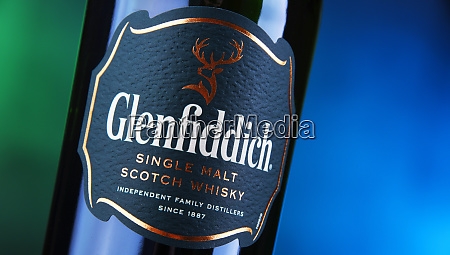 bottle of glenfiddich single malt scotch