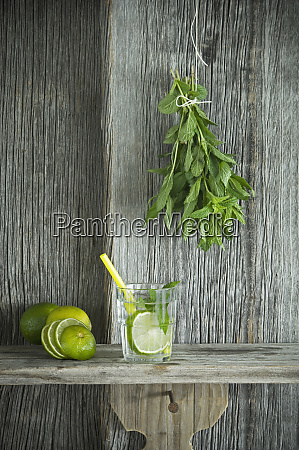 homemade mint lemonade with lime on
