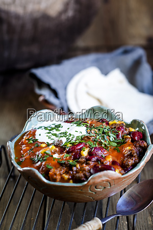 chili con carne with kidney beans
