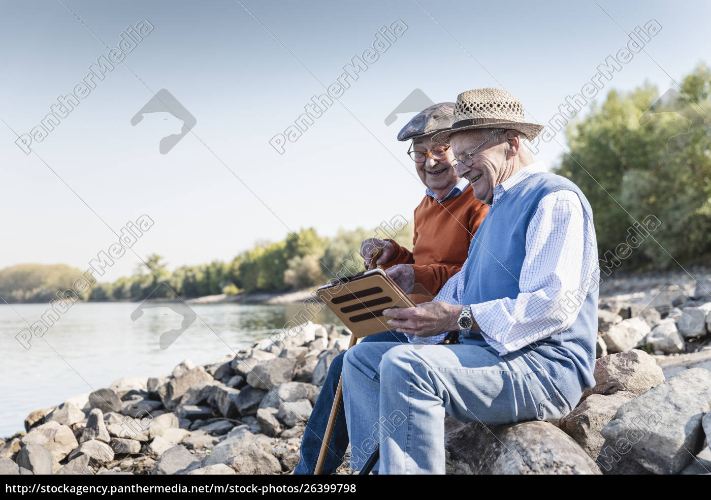 two, old, friends, sitting, by, the - 26399798
