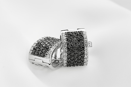 white gold earrings with black diamonds