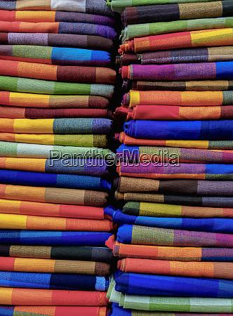 saturday handicraft market plaza de los
