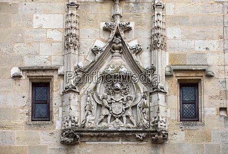 city gate cailhau medieval gate in