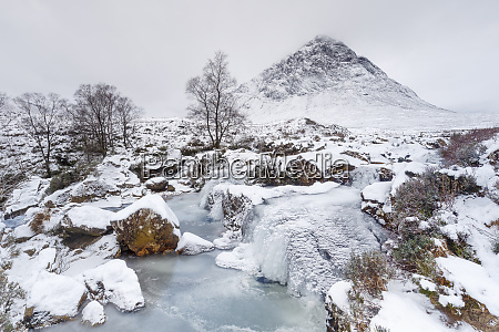 a frozen river coupall and buachaille