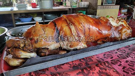 babi guling suckling pig