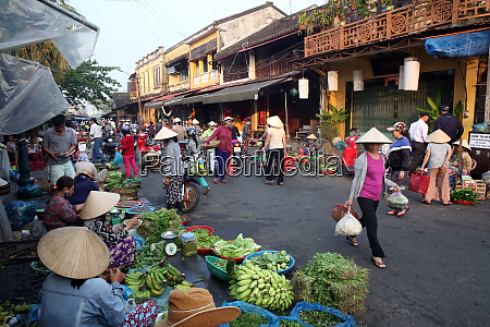 fruit and vegetable vendors at the