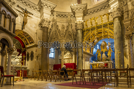 interior of the sveti duje cathedral