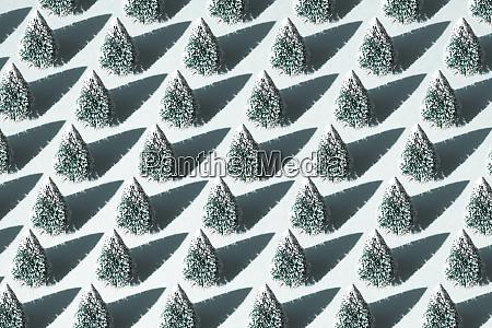 christmas trees repetition