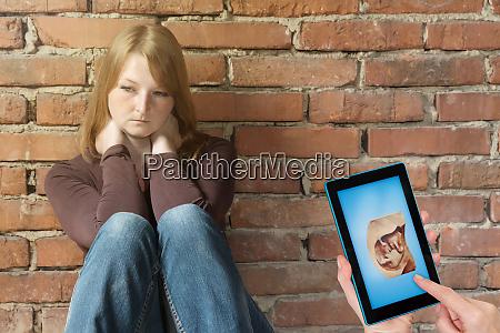 sad pregnant woman concept