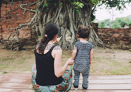 thailand ayutthaya mother and daughter visiting
