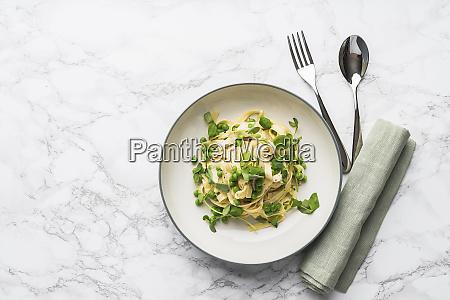 tagliatelle with peas and a creamy
