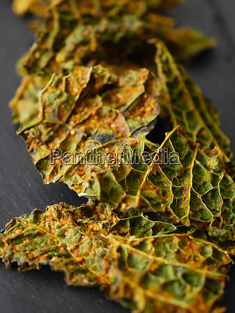 savoy cabbage chips