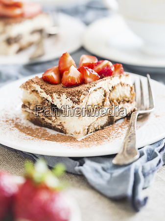 homemade tiramisu with strawberries