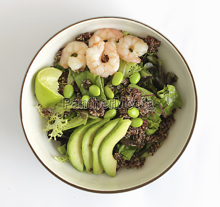 kinoa salad with shrimp